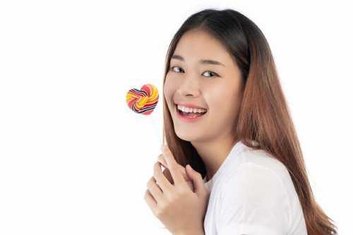 咬唇習慣有哪些危害?