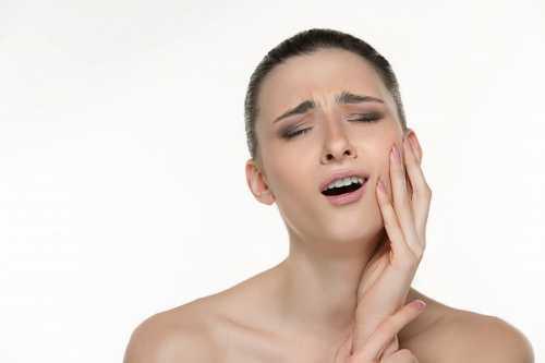 食鹽可以代替牙膏嗎