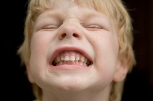 細路齙牙治療